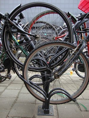 Rotterdam (Netherland) bike rack - photo by Robert Hothan.